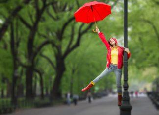 Singing in the rain, actress, red umbrella, lamppost